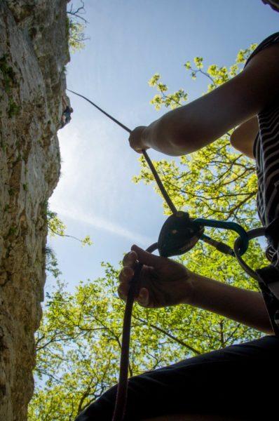 Samostojno plezanje v naravi?  V aprilu pričnemo s tečajem.